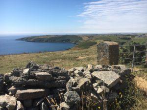 Lackarour, Blick über die Seven Heads Bay