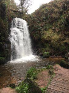 Ballard waterfall, stunning location