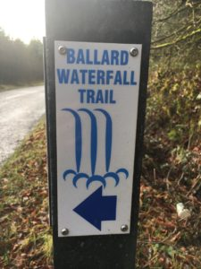 Ballard waterfall, sign posting that you can keep in your mind