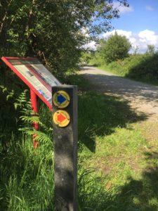 Mount Hillary, trail markings